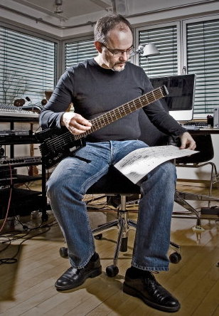 Karlheinz Essl with his Steinberger electric guitar